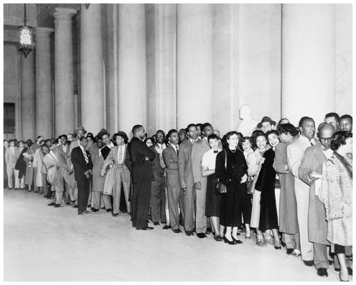 Line of people waiting to enter the Supreme Court for desegregation ruling